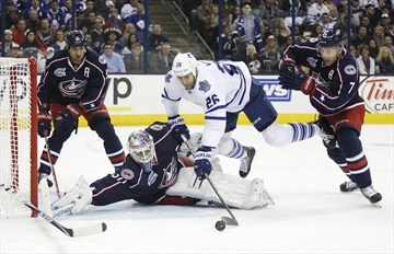 Bernier has 28 saves, Leafs beat Jackets 4-1-Image1