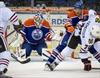 Blackhawks skate away with easy 5-0 win -Image1