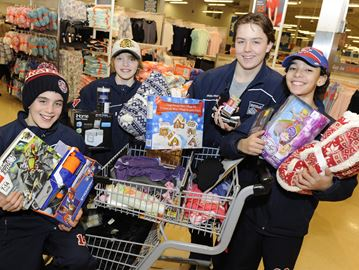 Oakville Rangers fill Christmas wish lists