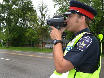 Me-first driving attitude keeps Barrie cops on toes