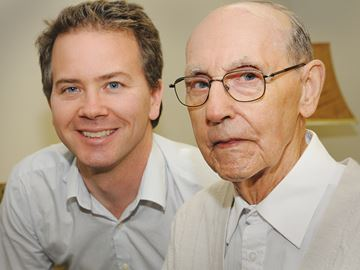 Former newspaper carrier credits man for saving his life during 1985 Barrie tornado