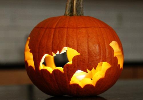 ten great pumpkin carving ideas for halloween. Black Bedroom Furniture Sets. Home Design Ideas