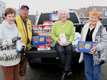 Lions donate
