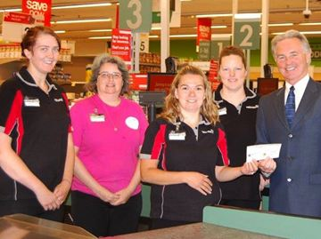 Meaford's Valu-Mart raises money for Hospital Foundation
