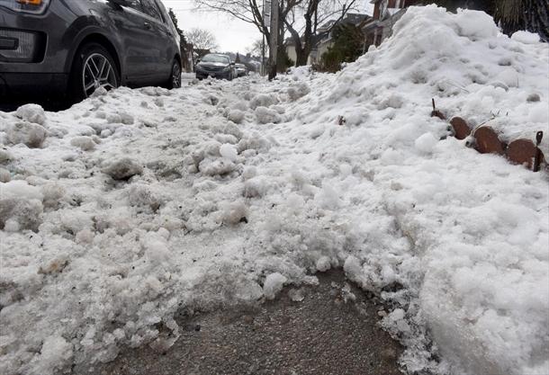 Ice coating Hamilton not expected to melt any time soon