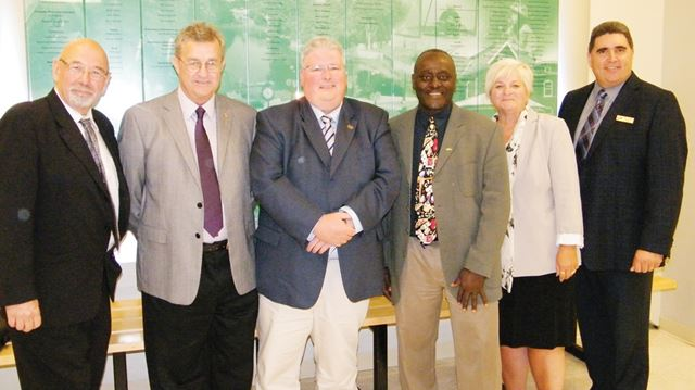 Councillor resigns