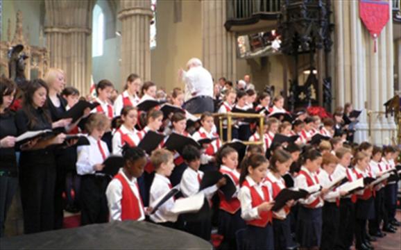 Choir returns to popular Christmas event ...