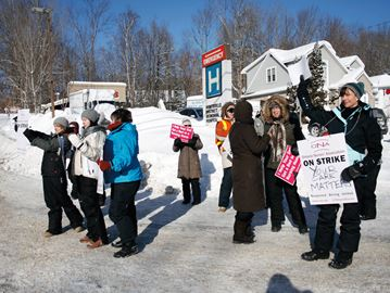 CCAC EMPLOYEES PICKET