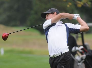 Oakville's MacDonald overcomes shaky start to win Halton golf title