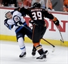 Jets blow lead, lose Game 1 to Ducks-Image1
