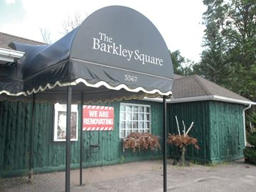 Customers still waiting for sizzle to return to Innisfil's Barkley Square