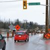Mapleview Drive East closing