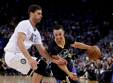 Splash Brothers lead way for Warriors with Durant out hurt-Image1