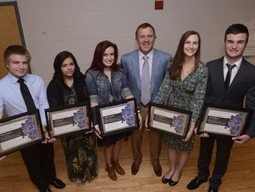Oakville youths recognized with leadership award