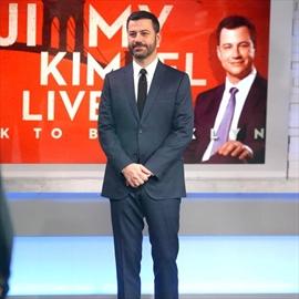 Jimmy Kimmel forgot to announce Oscar news to family-Image1