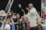 Quito greets Pope