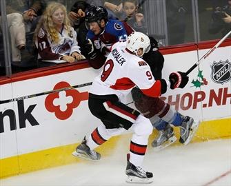 Prince scores first 2 NHL goals, Senators top Avalanche 5-3-Image1