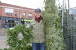 Downtown tree lot supports Barrie Out of the Cold