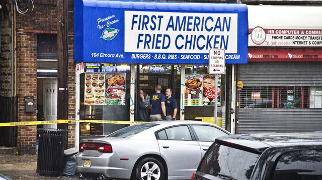 Users on Yelp rip into fried chicken joint owned by ...