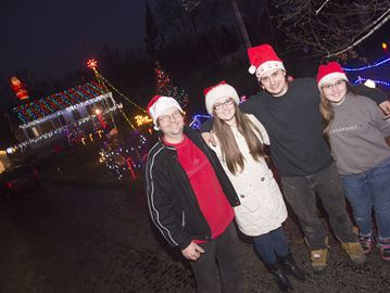 Old York Road brightens up the holidays