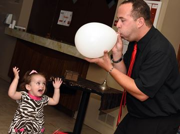 Milton entertainer waves his magic wand in support of Halton Children's Aid Society