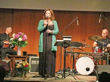 Cowboy Junkies put on a show for Midland fans