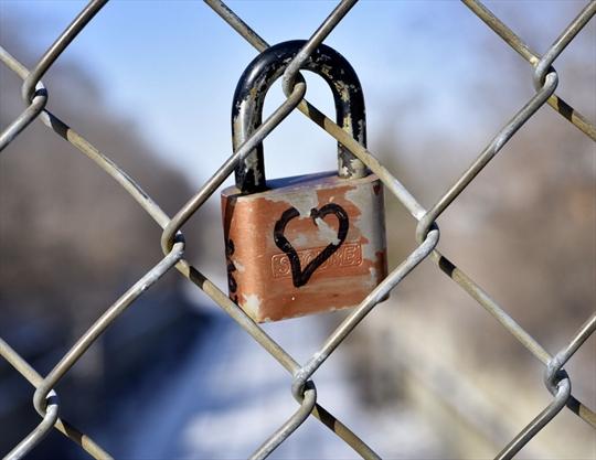 Hamilton seen: Locke Street love locks