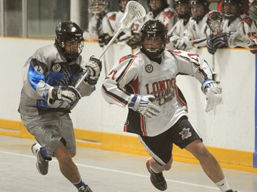 Blue Devils Chris Wilman goes to the outside around Niagara defender Derek Merza