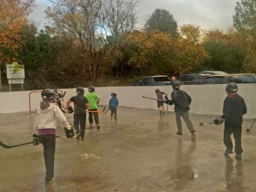 Misson Park ball hockey