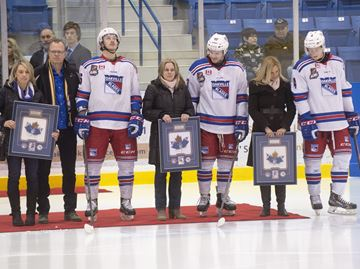 Oakville Blades tribute graduating players before regular-season finale