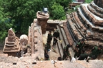Soldiers, residents begin cleanup after quake in Myanmar-Image48