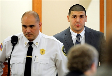 Ex-friend: Aaron Hernandez thought helicopters followed him-Image1