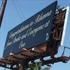 Drake buys Rihanna a billboard-Image1