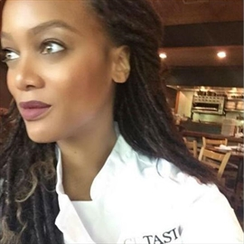 Tyra Banks taking cooking lessons -Image1