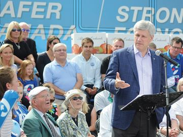 Stephen Harper campaigns in Clarington