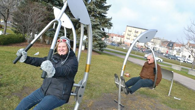 New workout equipment unveiled on Barrie waterfront