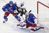 Leafs sign defenceman Matt Hunwick-Image1