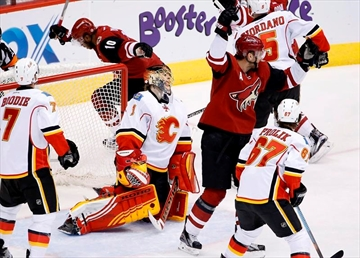 Doan gets franchise points mark, Coyotes beat Flames 4-1-Image7