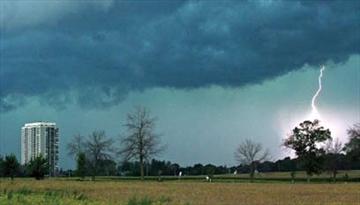 Sudden storm slams west-end communities– Image 1