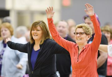 Kathleen Wynne at UOIT zumba