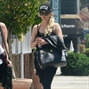 Ashlee Simpson is pregnant-Image1