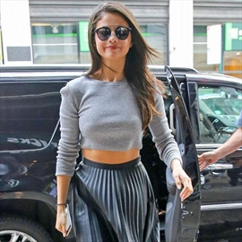 Selena Gomez is in therapy over weight-Image1