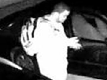 Alleged car burgler caught on tape in Oakville