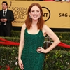 Julianne Moore's therapy sessions at 30-Image1