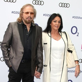 Barry Gibb sang to his late brother whilst he was in a coma. -Image1