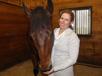Clearview horse competes in racehorse makeover challenge