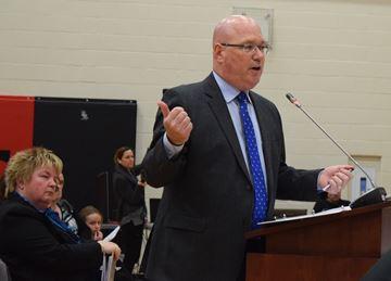 Fighting against school closures