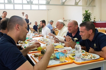 Pope at lunch