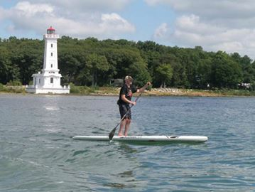 Paddle event storms Lake Erie