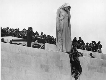 King Edward VII unveiling Vimy memorial